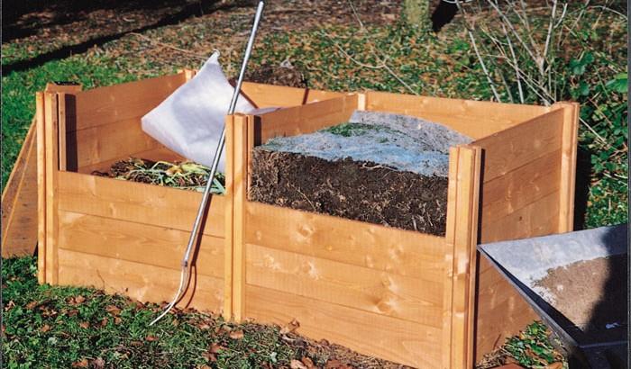 Dviejų kompostavimo kaupų sistema